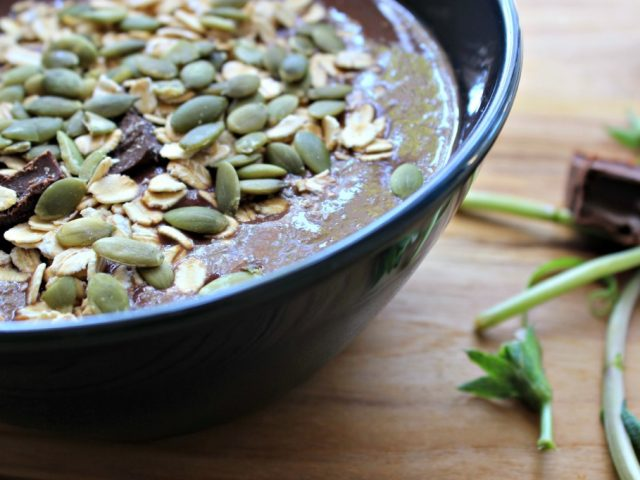http://proactive-healthcare.com/wp-content/uploads/2014/04/smoothie-bowl-1-640x480.jpg