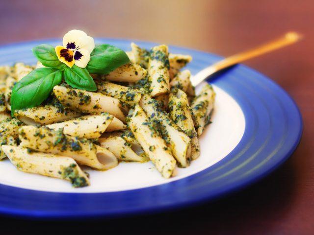 http://proactive-healthcare.com/wp-content/uploads/2014/05/pesto-pasta-1-640x480.jpg